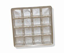 Square clear plastic trays, 16ct