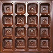 Brown 16ct plastic tray