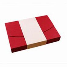Red and cream box 15ct