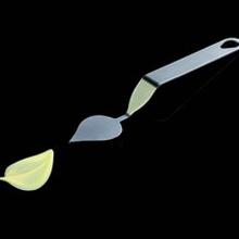 """Fly Choc Spatula """"Large Leaf"""" (medium)"""