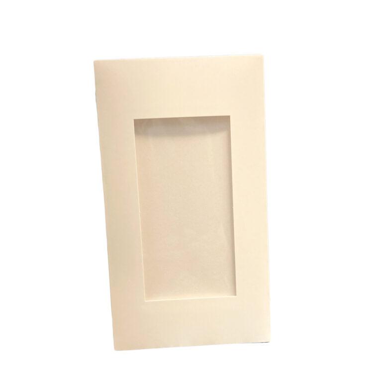 WHITE FLAT SLEEVE WITH WINDOW