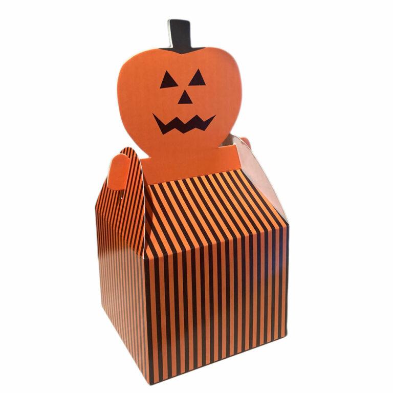 """Jack-o'- lantern"""" boxes"""